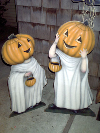 Trick or Treaters - Boardwalk Originals Halloween Decoration & Display